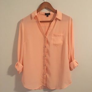 The Limited Ashton Top in Peach